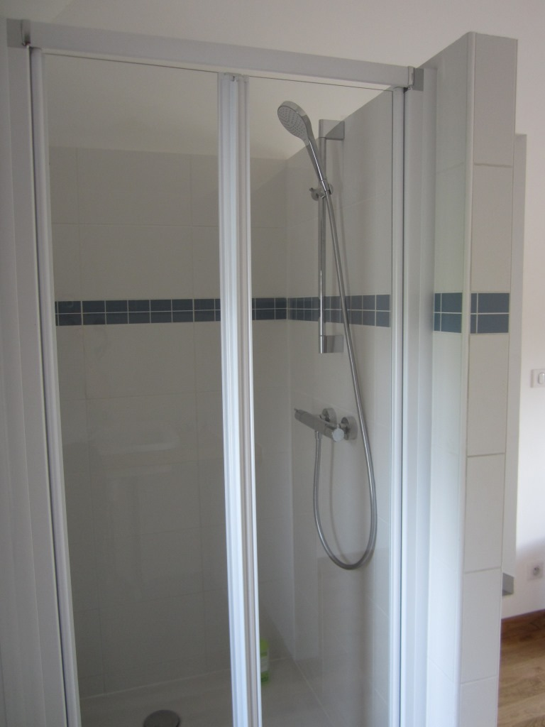 sanitaire installation reparation crevecoeur oise. Black Bedroom Furniture Sets. Home Design Ideas